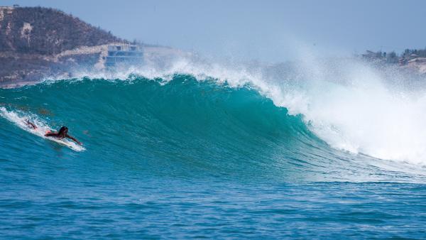 surfing lombok gerupuk indonesia