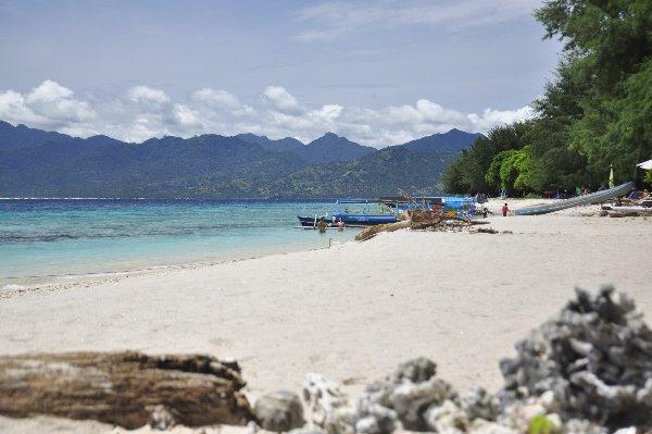 lombok beaches