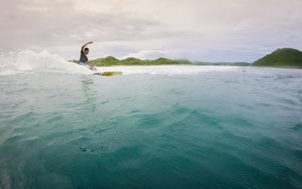 surfing in lombok