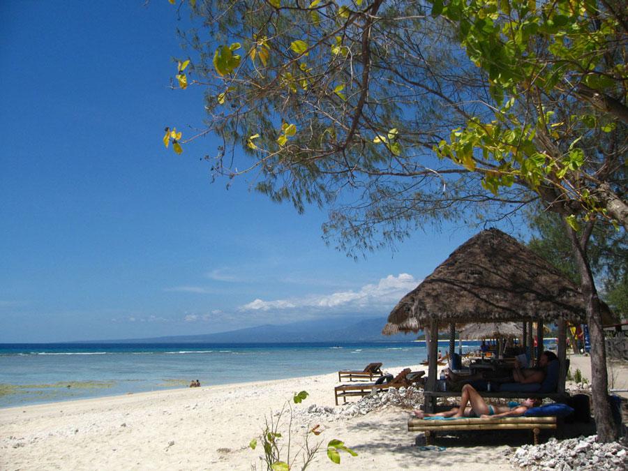 Explore the Gili Islands! - Gili Air - Gili Trawangan ...
