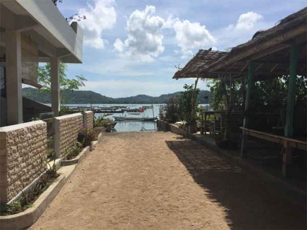 WWater Front rooms - Lombok surf accomodation