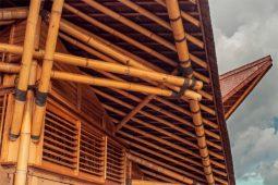 Bamboo construction Lombok Villa